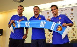 Luis Fabiano e Jadson foram os primeiros reforços apresentados