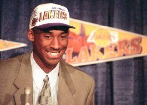 Kobe Bryant chega aos Lakers em 1996