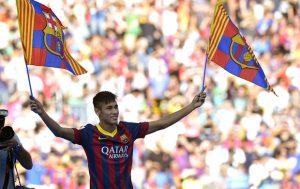 Neymar em sua apresentação na chegada ao Barcelona