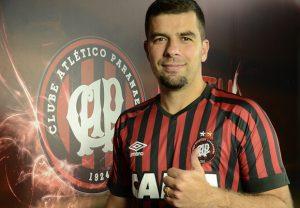 Atacante André Lima foi contratado pelo Atlético-PR e em sua estreia já marcou dois gols.