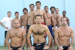 Brazilian Top Team no Rio de Janeiro, Murilo Bustamante a frente na direita Marco Ruas, em pé Irmãos Nogueira e outros lutadores.