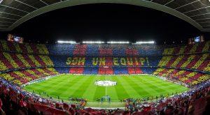 Camp Nou, cheia em quase todos os jogos do Barcelona.
