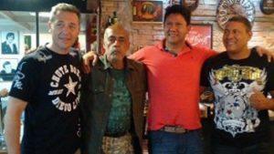 Em Curitiba, Rudimar Fedrigo, Nélio Naja, Fábio Noguchi e Rafael Thai Naja