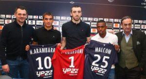Treinador Sagnol, Mauro Arambarri, Bernardoni, Malcolm e o presidente do Bordeaux Jean-Louis Triaud.