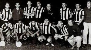 Time do Peñarol, o primeiro campeão em 1960, bicampeão em 1961.