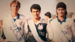 Rogério Ceni na esquerda com a camisa do Sinop (1º time da carreira).