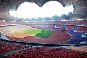 Rungrado May Day Stadium é o estádio com maior capacidade do mundo.