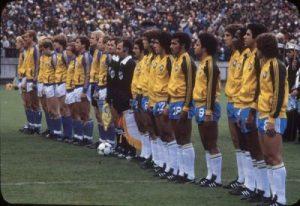 Em 1978 a seleção exibia as três listras da Adidas
