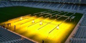 Iluminação artificial por causa da umidade, custo de 2 Milhões anuais.