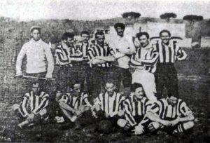 Jogadores do Napoles Foot-Ball Club em 1906.