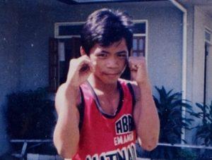 Manny Pacquiao no início de carreira como boxeador.