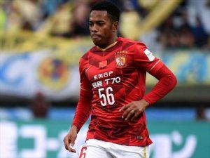 Robinho quando jogava pelo Guangzhou Evergrande.