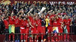 Sevilla levantou seu quarto troféu da Liga Europa em 2014-15.