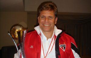 Paulo Autuori Campeão da Libertadores e Mundial em 2005 pelo São Paulo.