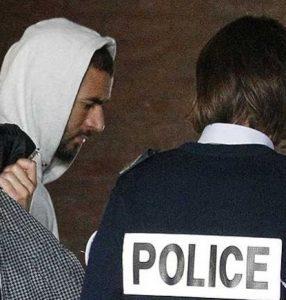 Benzema quando foi detido pela Justiça Francesa.