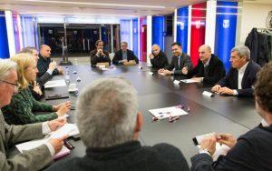 Os jurados durante a reunião do Espai Barça no estádio Cam Nou.