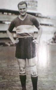 Gandulla atuou no Boca Junior de 1940 à 1943 e fez 26 gols em 57 jogos.