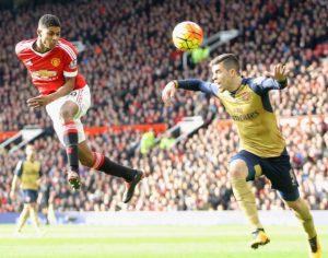 Gol de cabeça (2º gol) de Rashford no clássico contra o Arsenal.
