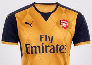 Camisa Arsenal (Fly Emirates/Puma)