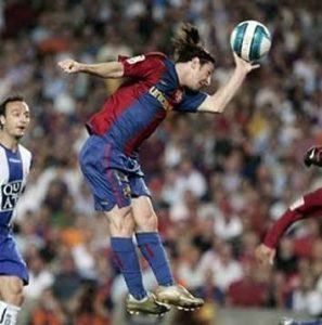 Gol de mão de Messi.