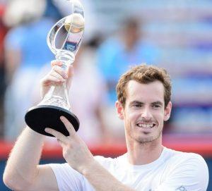 Andy Murray com a taça de campeão do Master 1000 de Toronto/Montreal.