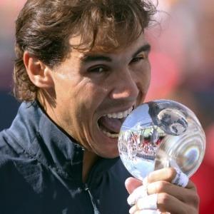 Rafael Nadal com a taça de campeão do Master 1000 de Toronto/Montreal.