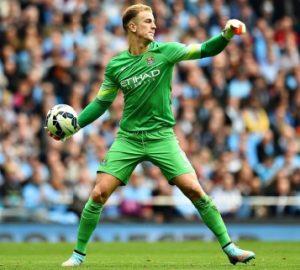Goleiro Joe Hart atuando pelo Manchester City.