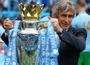 Pellegrini campeão do Campeonato Inglês de 2013/14 com o Manchester City.