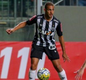 Clayton jogando pelo Atlético Mineiro.
