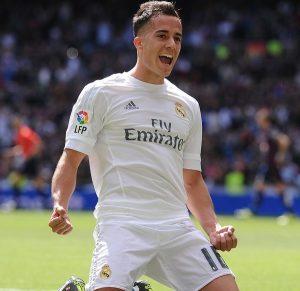 Lucas Vázquez comemorando gol pelo Real Madrid.