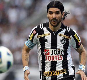 Loco Abreu jogando pelo Botafogo.
