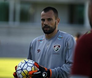 Cavalieri defendendo o Fluminense.