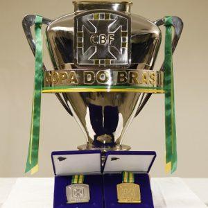 Taça da Copa do Brasil.