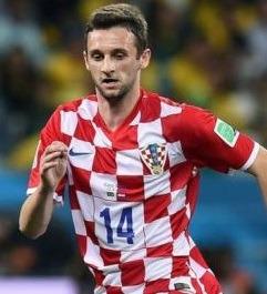 Marcelo Brozovic atuando pela seleção da Croácia.