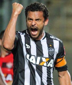 Fred comemorando gol pelo Atlético Mineiro.