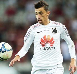 Rildo jogando pelo Santos.