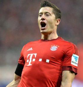Lewandowski jogando pelo Bayern de Munique.
