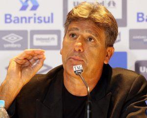 Renato Gaúcho em sua terceira passagem como técnico do Grêmio.