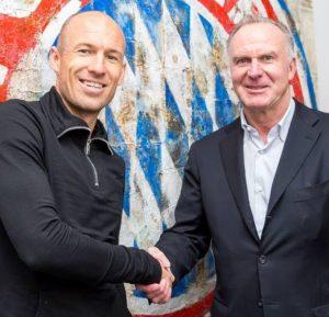 Arjen Robben e Karl-Heinz Rummenigge.