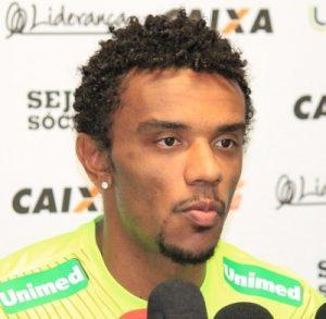 Volante Paulo Roberto, novo reforço do Corinthians.
