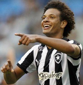 Willian Arão atuando pelo Botafogo.