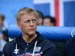 Heimir Hallgrímsson, técnico da seleção da Islândia.